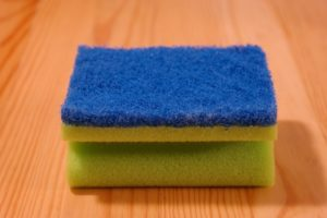 Student cleaning tips and sponges